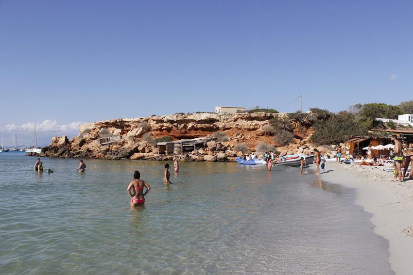 Playa de Cala Saona, en el oeste de la isla