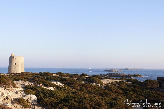 Es Freus, el estrecho que separa las islas de Ibiza y Formentera