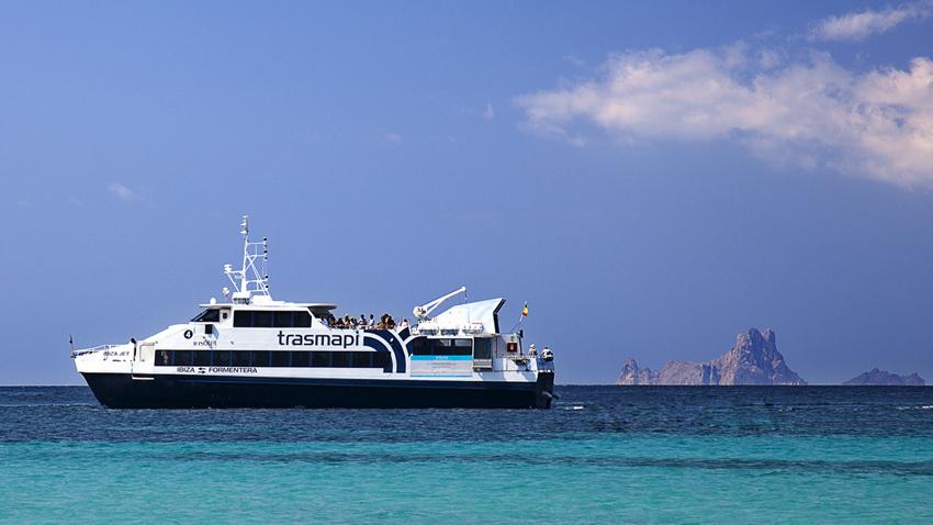 El ferry de Trasmapi, con el que viajarás cómodamente a Formentera