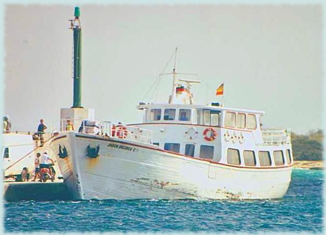 La Joven Dolores antes de comenzar un trayecto entre Formentera e Ibiza. Foto: sargantaniua.blogspot.com